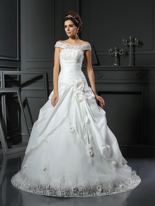 Ball Gown Off-the-Shoulder Hand-Made Flower Satin Chapel Train Dresses For Brides