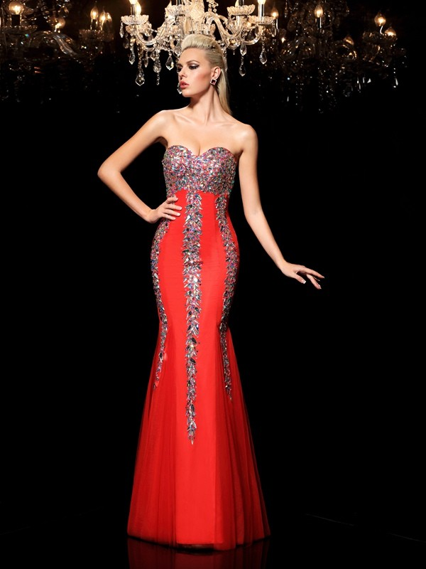 Sheath/Column Sweetheart Rhinestone Long Net Dress