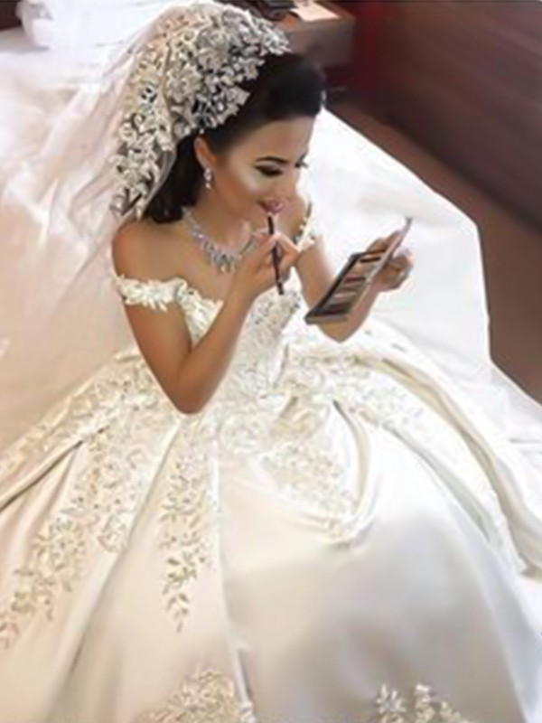 Ball Gown Sleeveless Off-the-Shoulder Sweep/Brush Train Applique Satin Wedding Dresses
