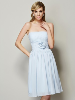 A Line Princess Strapless Hand Made Flower Knee Length Chiffon Bridesmaid Dresses