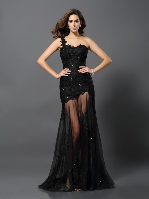Sheath One-Shoulder Lace Sweep/Brush Train Applique Formal Dress