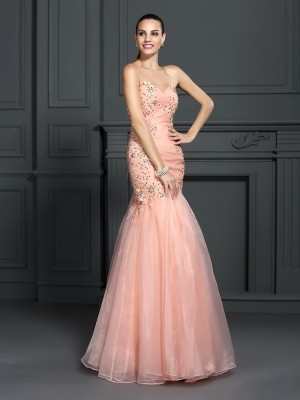 Mermaid Sweetheart Applique Floor-Length Organza Prom Gown