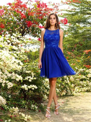 A-Line Bateau Knee-Length Applique Chiffon Dresses For Bridesmaid