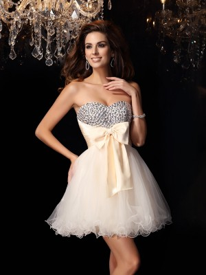 A-Line Sweetheart Tulle Beading Mini Gown