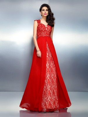 A-Line Bateau Applique Sweep/Brush Train Net Dresses
