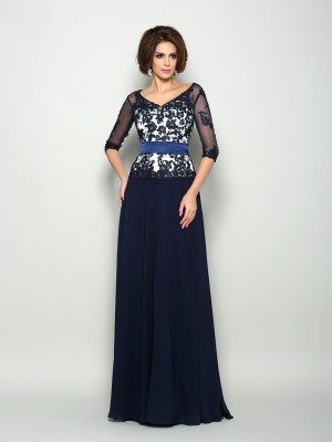 A-Line 1/2 Sleeves Chiffon Applique V-neck Sweep/Brush Train Mother of the Groom Dress