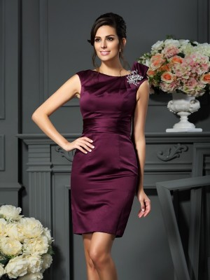 Sheath Satin Scoop Knee-Length Beading Party Dress