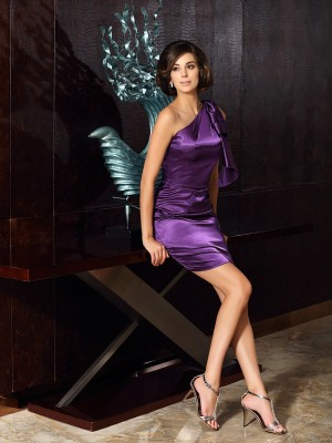 Sheath One-Shoulder Knee-Length Elastic Woven Satin Mother of the Bride Outfits