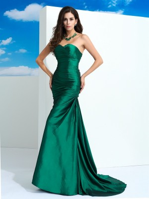 Sheath Sweetheart Pleats Sweep/Brush Train Taffeta Dress