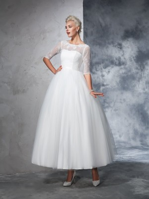 Ball Gown 1/2 Sleeves Bateau Net Ankle-Length Lace Bride Gown