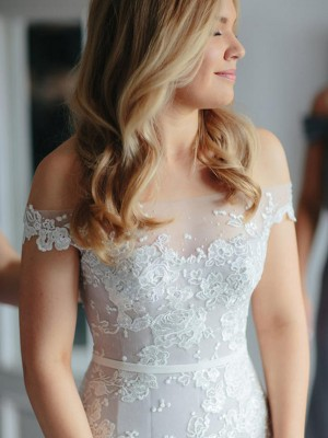 Trumpet/Mermaid Applique Tulle Off-the-Shoulder Sleeveless Lace Court Train Wedding Dresses