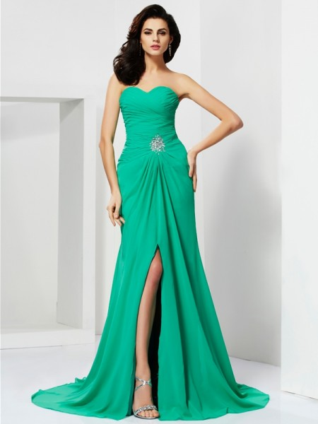 Sheath/Column Sweetheart Beading Dress with Chiffon