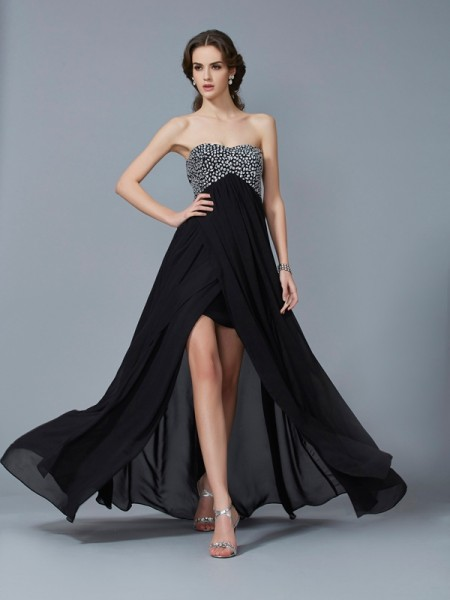 A-Line/Princess Sweetheart Chiffon Beading Long Dress