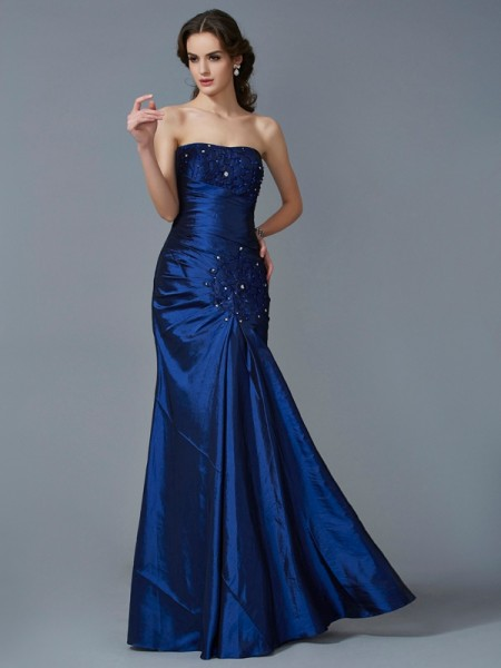 Trumpet/Mermaid Strapless Applique Long Taffeta Dress