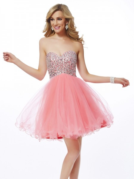 A-Line/Princess Sweetheart Beading Short Net Homecoming Dress