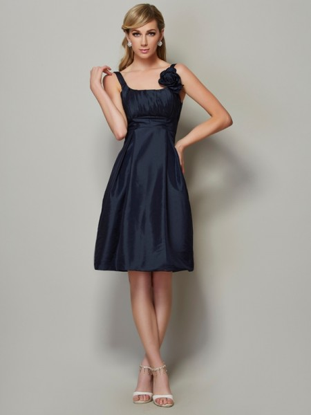 A-Line/Princess Straps Pleats Short Taffeta Bridesmaid Dress