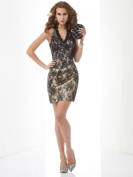 Sheath/Column Halter Lace Short Lace Homecoming Dress