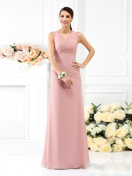 Sheath/Column V-neck Pleats Bridesmaid Dress with Long Chiffon