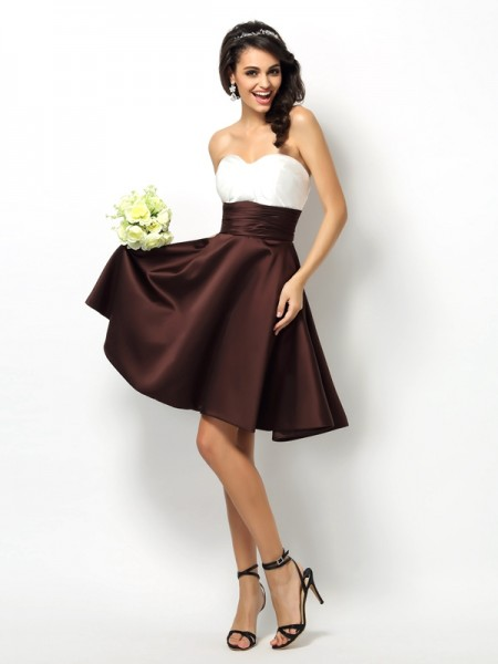 A-Line/Princess Sweetheart Pleats Short Satin Bridesmaid Dress