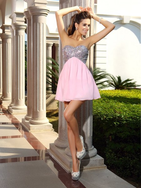 A-Line/Princess Sweetheart Sequin Short Chiffon Cocktail Dress