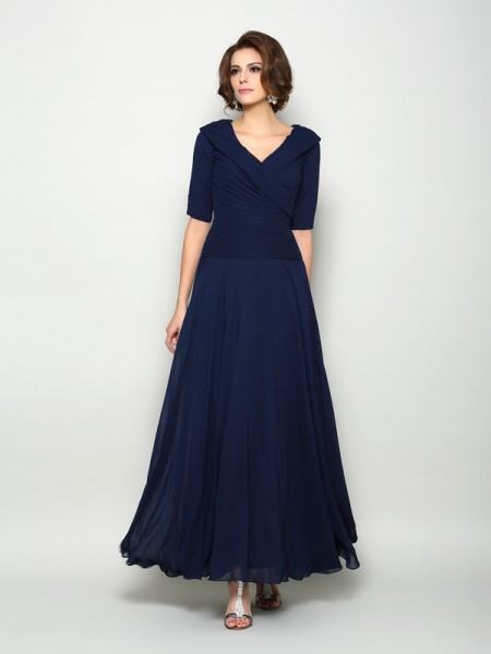 A-Line/Princess V-neck 1/2 Sleeves Mother of the Bride Dress with Long Chiffon