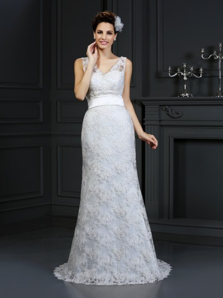 Trumpet/Mermaid Sweetheart Applique Long Lace Wedding Dress