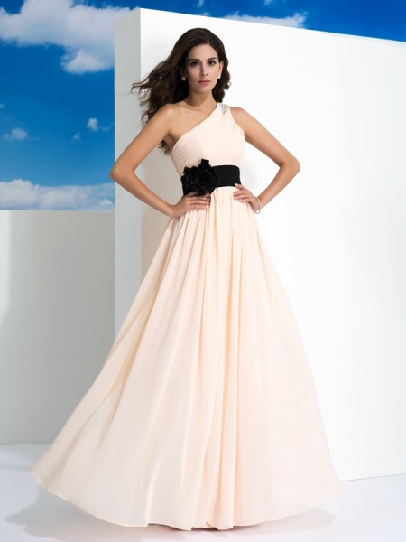 A-Line/Princess One-Shoulder Sash/Ribbon/Belt Dress with Long Chiffon