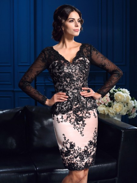Sheath/Column V-neck Applique Long Sleeves Short Lace Mother of the Bride Dress