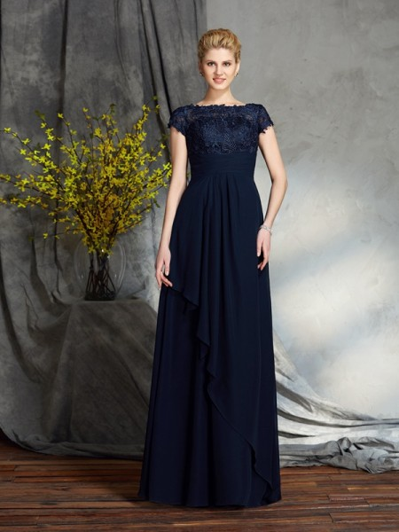 A-Line/Princess Bateau Applique Short Sleeves Chiffon Mother of the Bride Dress