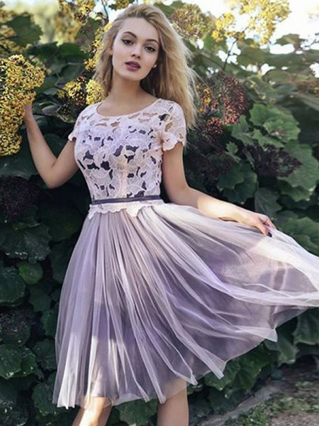 A-Line/Princess Tulle Scoop Short/Mini Sleeves Knee-Length Gown