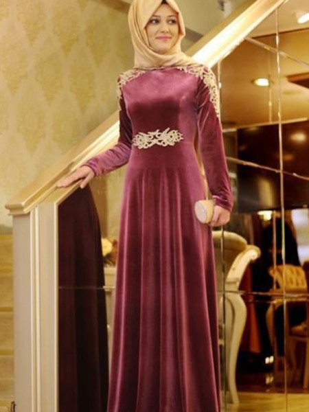 A-Line/Princess Sweep/Brush Train Floor-Length Scoop Ruffles Velvet Muslim Dresses