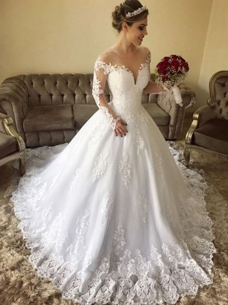 Ball Gown Long Sleeves Off-the-Shoulder Lace Sweep/Brush Train Tulle Wedding Dress
