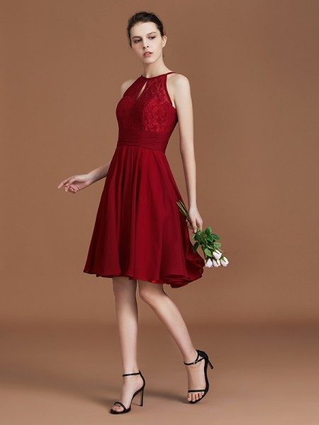 A-Line/Princess Shalter Knee-Length Chiffon Bridesmaid Dress