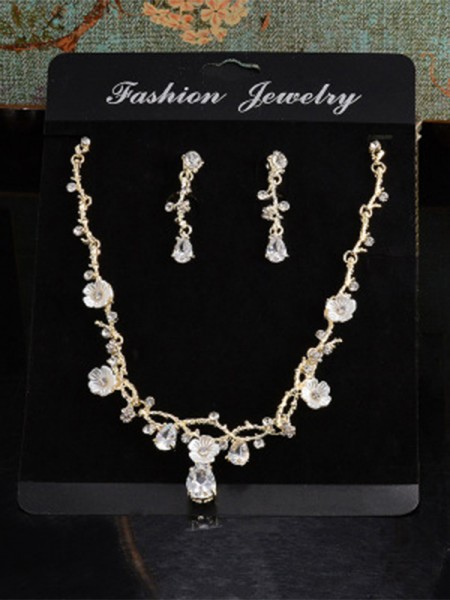 Unique Alloy With Rhinestone Ladies's Jewelry Set