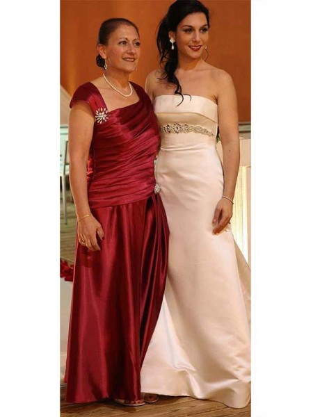 Sheath/Column Straps Floor-Length Satin Mother Of The Bride Dress
