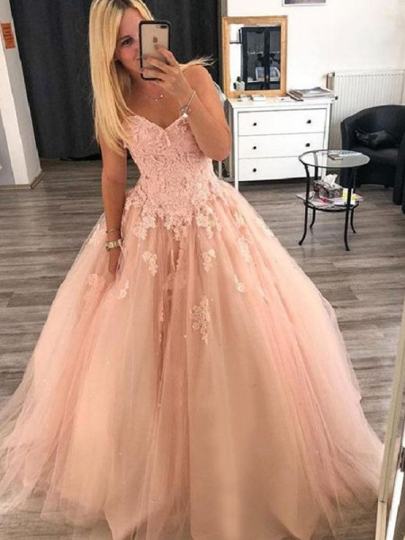 Ball Gown Sleeveless Applique Floor-Length Tulle Dress
