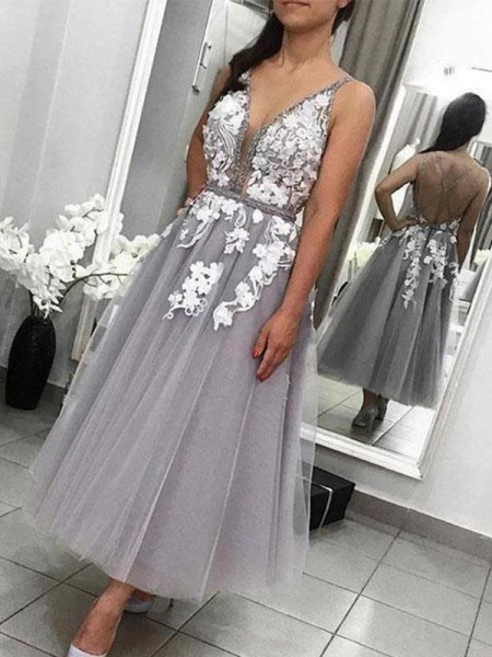 A-Line/Princess Tulle Spaghetti Straps Sleeveless Applique Ankle-Length Dress