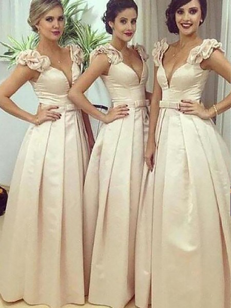 A-Line/Princess Floor-Length Satin Straps Bridesmaid Dress