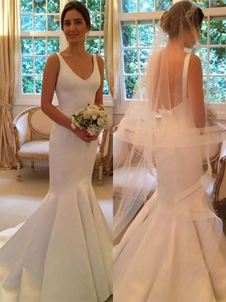 Trumpet/Mermaid V-neck Satin Sweep/Brush Train Wedding Dress