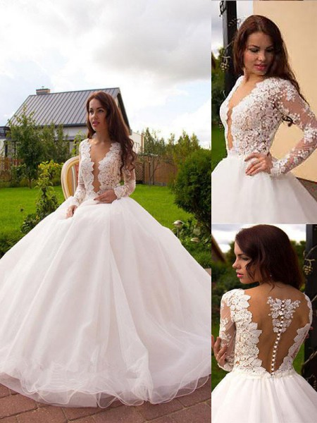 Ball Gown V-neck Tulle Court Train Wedding Dress