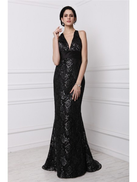 Sheath/Column V-neck Long Lace Dress