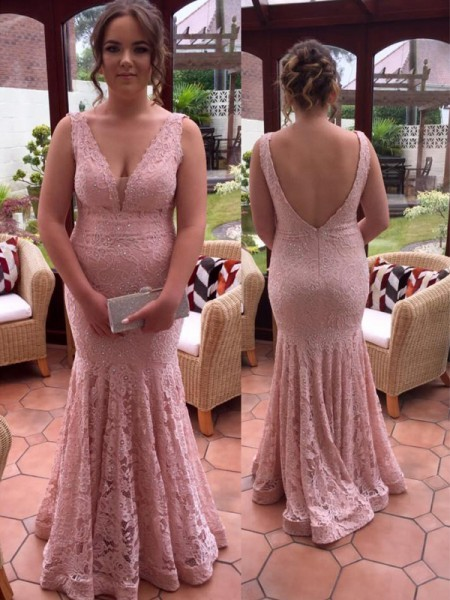 Trumpet/Mermaid V-neck Beading Floor-Length Plus Size Dress with Lace