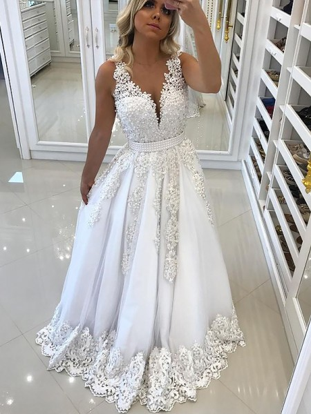A-Line/Princess V-Neck Sleeveless Floor-Length Lace Tulle Prom Gowns