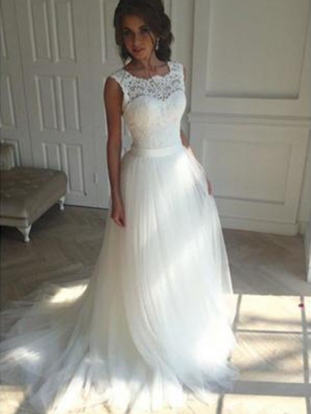 A-Line/Princess Train Sleeveless Square Court Tulle Wedding Dresses