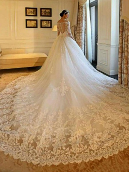 Ball Gown Off-the-Shoulder 3/4 Sleeves Cathedral Train Beading Applique Tulle Wedding Dresses