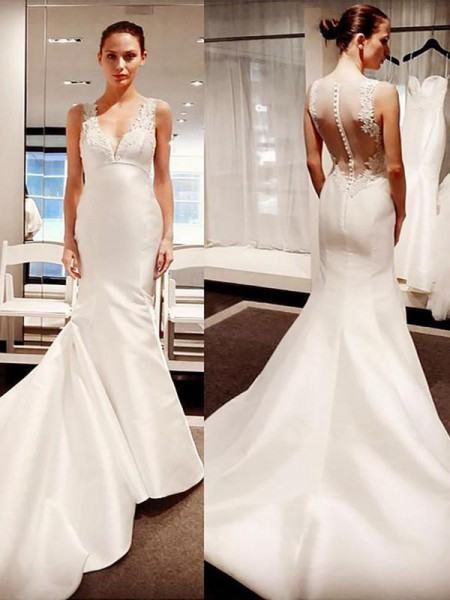 Trumpet/Mermaid V-neck Sleeveless Satin Applique Court Train Wedding Dresses