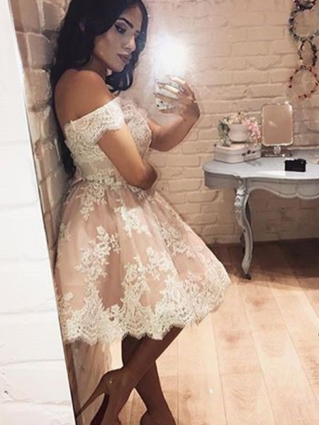 A-Line/Princess Off-the-Shoulder Lace Short/Mini Dress