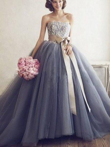 Ball Gown Sweetheart Sleeveless Applique Tulle Sweep/Brush Train Dresses For Party