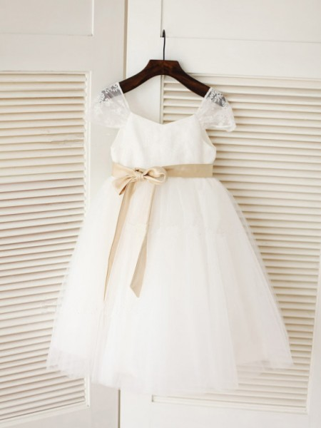 Cute Ball Gown Scoop Sleeveless Sash/Ribbon/Belt Tea-length Tulle Baby Girl Dress