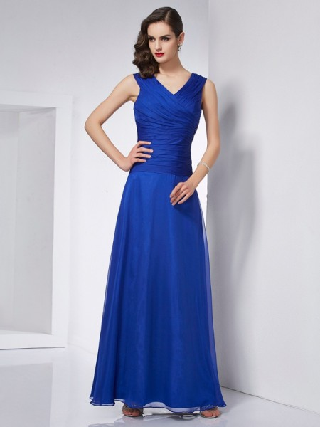 A-Line/Princess V-neck Pleats Dress with Long Chiffon